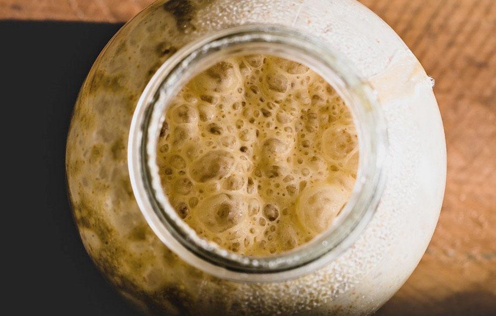 maia pentru paine in borcan