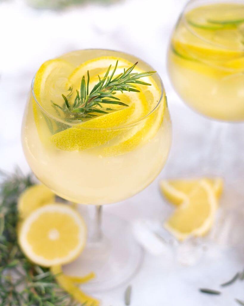 rețete limonadă cu rozmarin