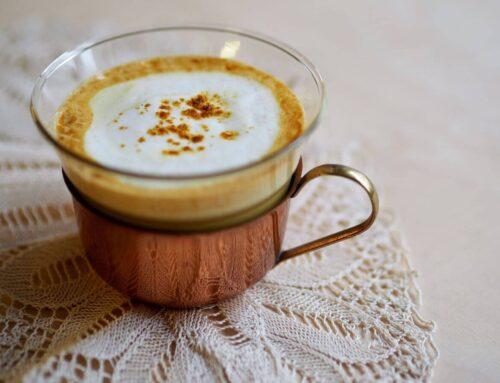Turmeric latte: cum te ajută și cum îl prepari