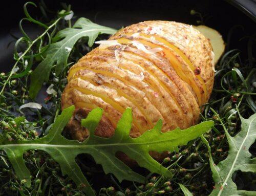 Cartofi acordeon la cuptor – rețeta originală