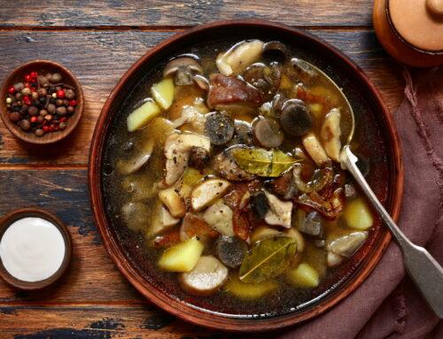Rețetă gustoasă și sănătoasă de ciorbă de ciuperci